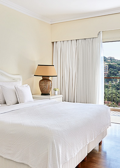 deluxe-family-suite-with-sea-view-in-corfu-imperial