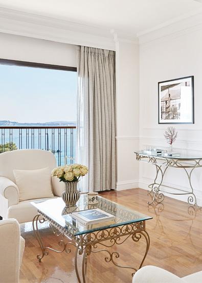 imperial-two-bedroom-suite-sea-view-corfu-imperial