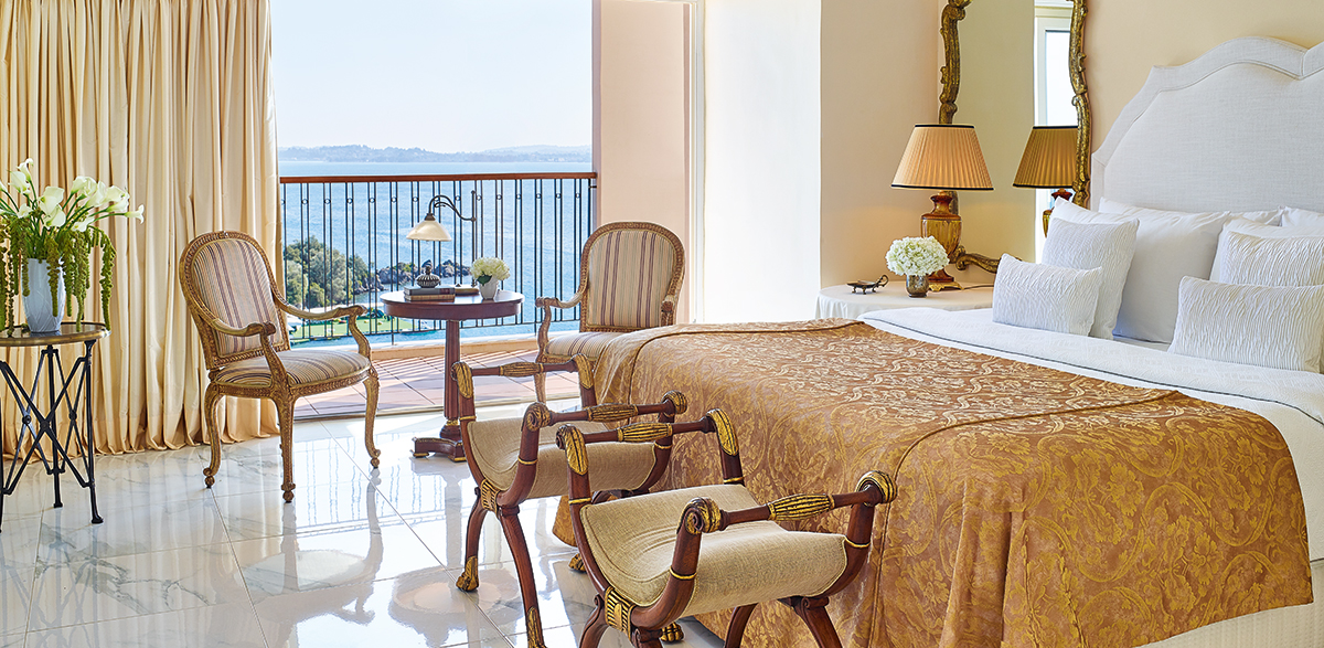 03-presidential-suite-sea-view-bedroom-corfu-imperial