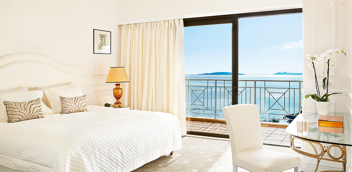 01-luxury-imperial-suite-sea-view-corfu-imperial