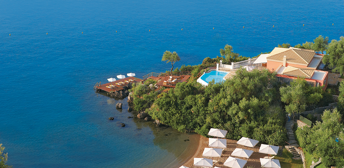 03-waterfront-palazzo-imperiale-private-pool