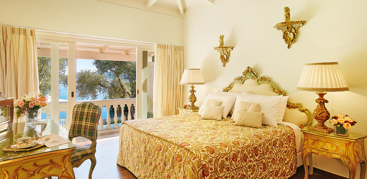 05-master-bedroom-in-corfu-imperial-villa