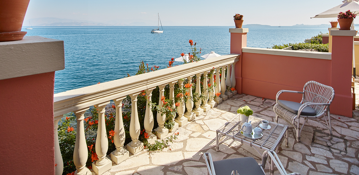 01-palazzo-odyssia-sea-view0with-provate-pool-corfu-imperial