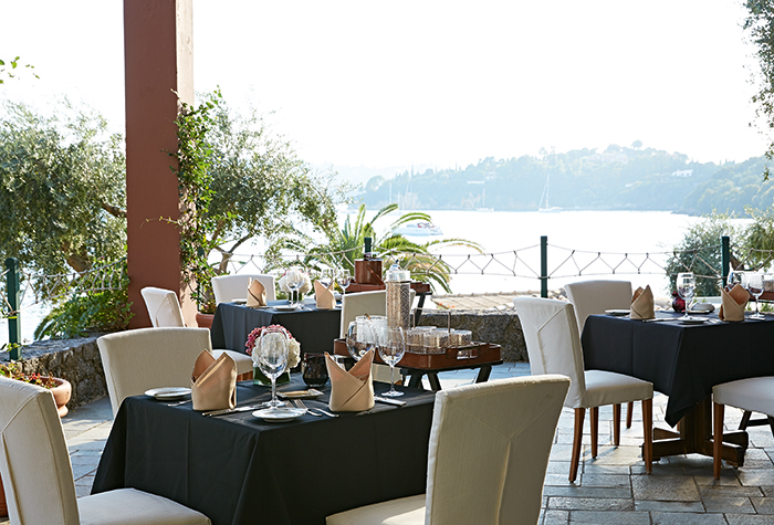 aristos-restaurants-dining-corfu-imperial-hotel