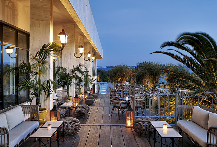 01-bars-in-corfu-imperial-luxury-hotel-greece