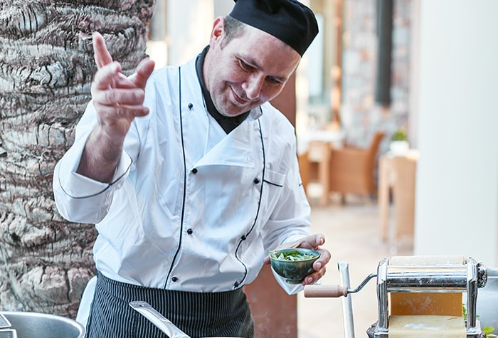 italian-stylish-restaurant-corfu-imperial