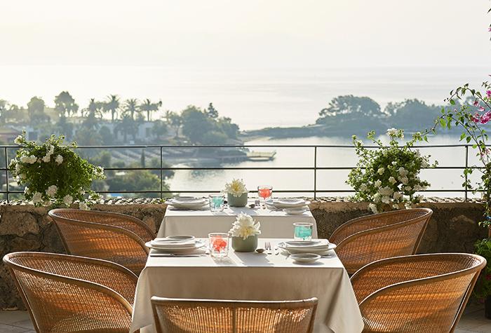 eva-palace-mediterraneo-restaurant-in-corfu