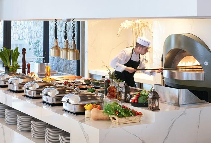 04-mon-repos-restaurant-corfu-imperial