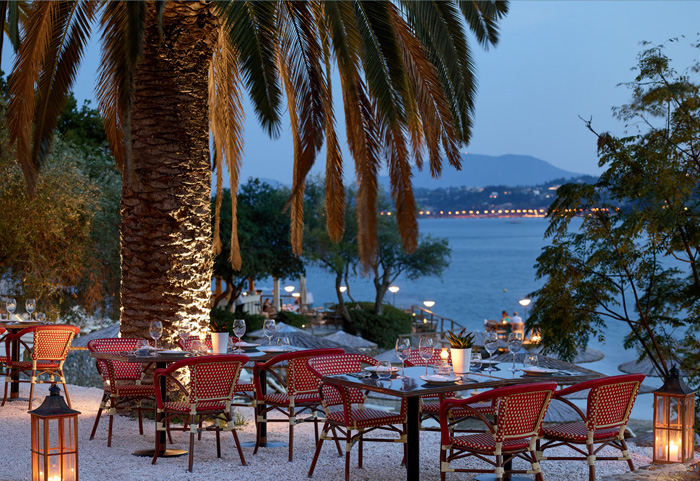 04-corfu-imperial-hotel-famous-class-dining