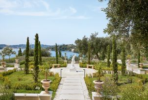 04-seafront-resort-corfu-island