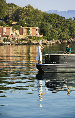20-luxury-sea-transfer-corfu-imperial