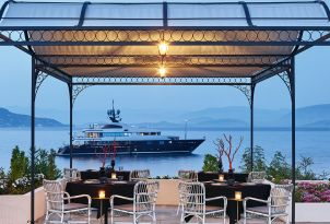 20-restaurants-corfu-imperial-resort