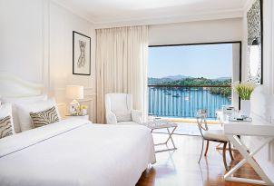 38-deluxe-guestroom-sea-view-corfu-imperial