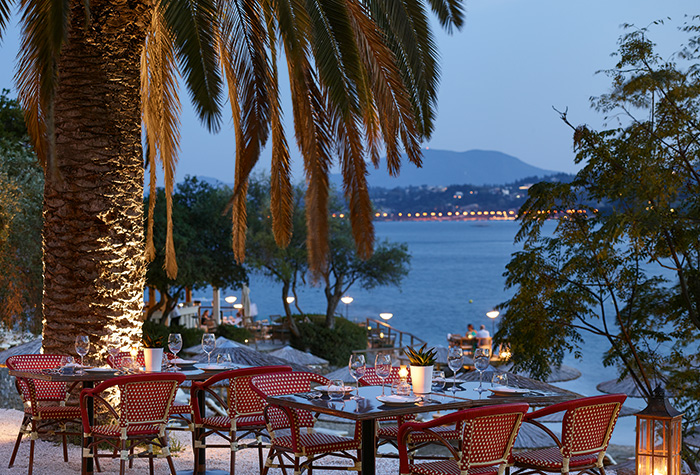 dining-in-corfu-imperial-resort-greece