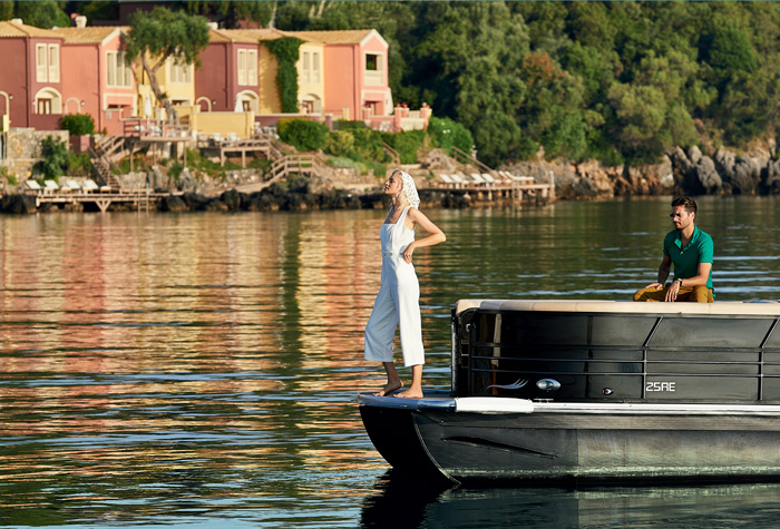 03-pontoon-luxury-cruises-packages-corfu-imperial