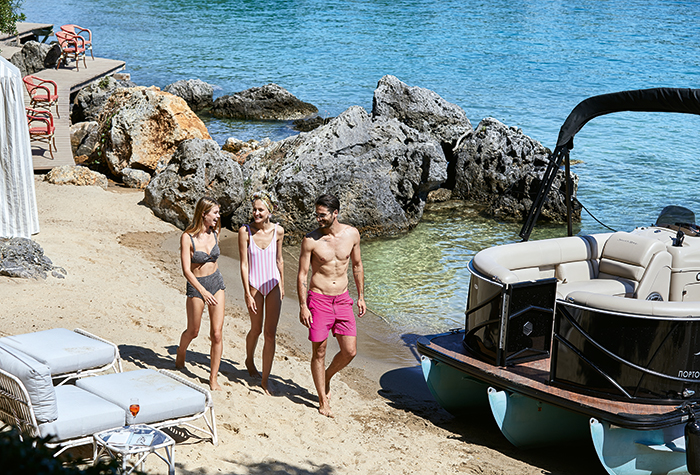 pontoon-luxury-cruises-party-time-package-corfu-imperial